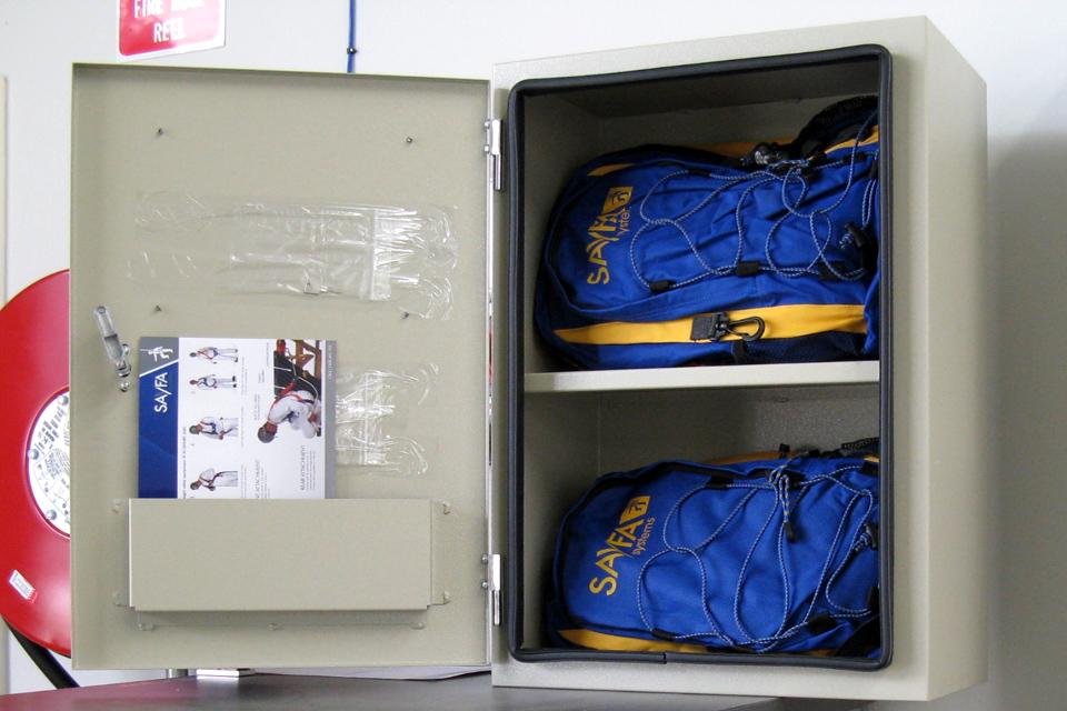 sayfa-hr048-lockable-harness-equipment-cabinet-1